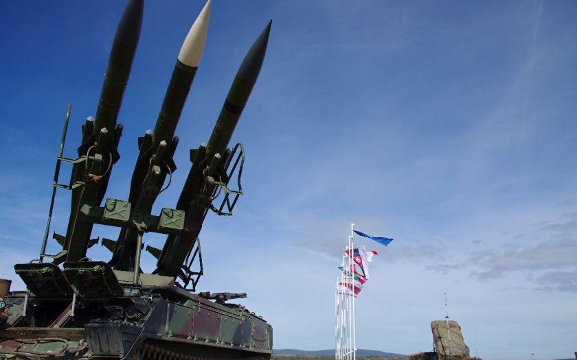 Čeští vojáci s vojáky NATO trénovali protiletadlovou obranu proti nepřátelskému letectvu