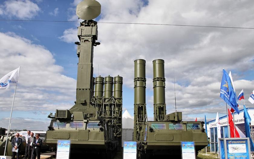 Rusko nasazuje v Sýrii další systémy protivzdušné obrany S-300VM