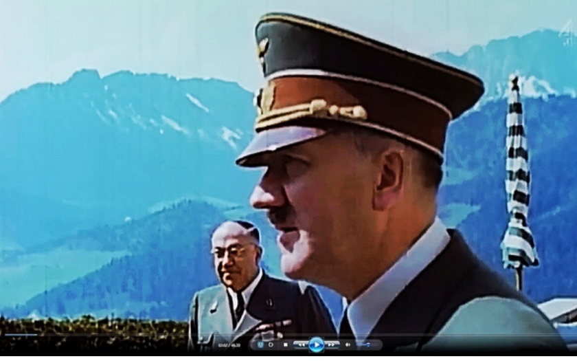 Adolf Hitler - unikátní záznam Hitlerova hlasu. Poslechněte si jedinou dochovanou nahrávku