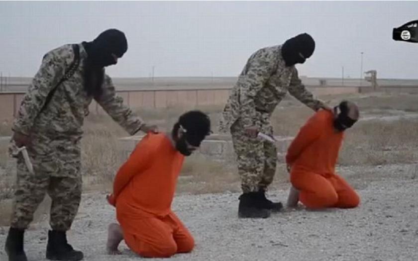 ISIS uřezal prsty chlapci, aby donutil jeho otce a další křesťany konvertovat k islámu