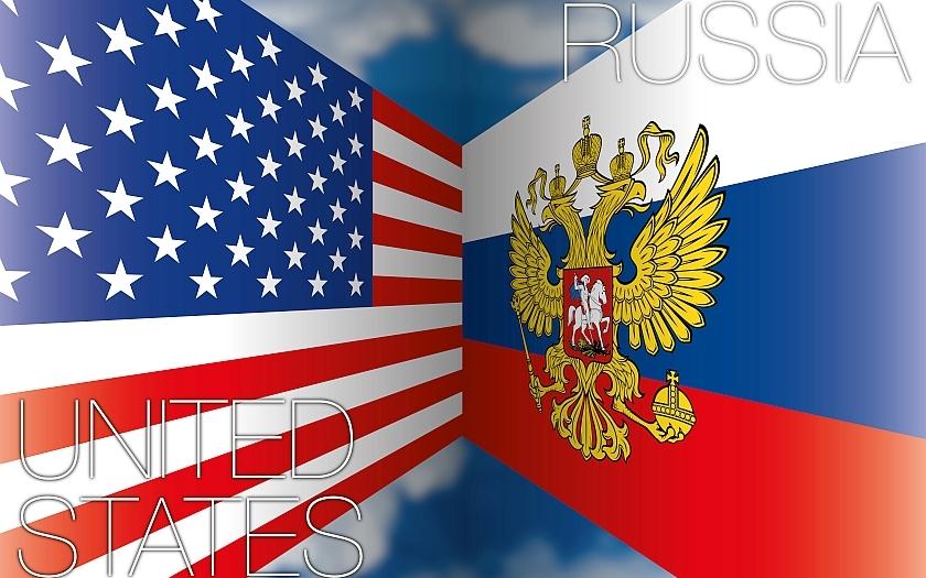 USA: Ruské rozhodnutí o odchodu diplomatů je politováníhodné