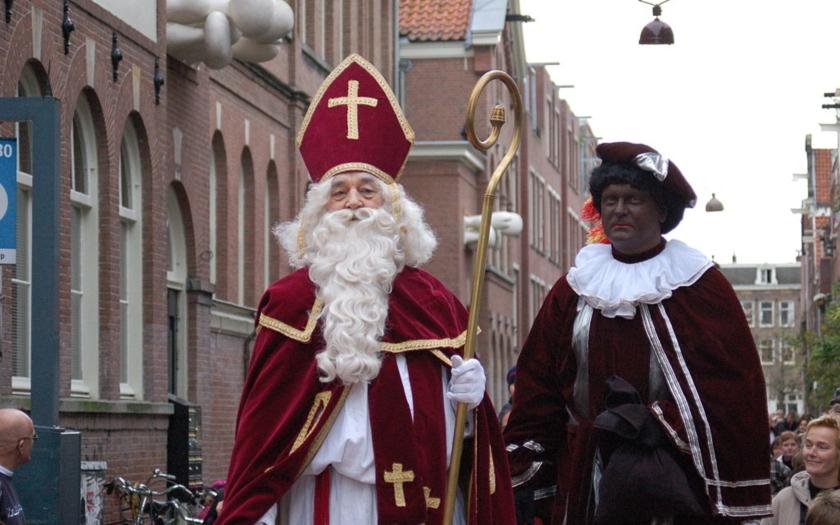Nadílka bude v Nizozemsku bez Černého Petra i bez Mikuláše. Negativní a rasistické stereotypy