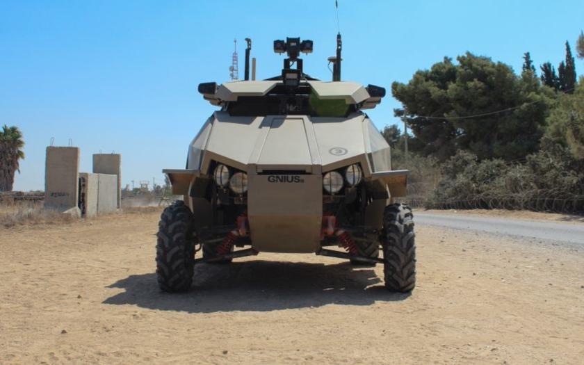 Obrana zadá vývoj pozemního robota či ochrany před výbuchem