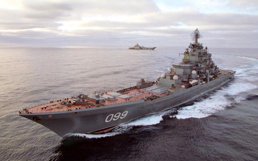 NATO se obává svazu lodí okolo ruské letadlové lodi Admirál Kuzněcov
