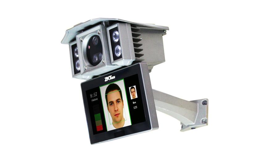 Otevřete si úsměvem na Biocam 300