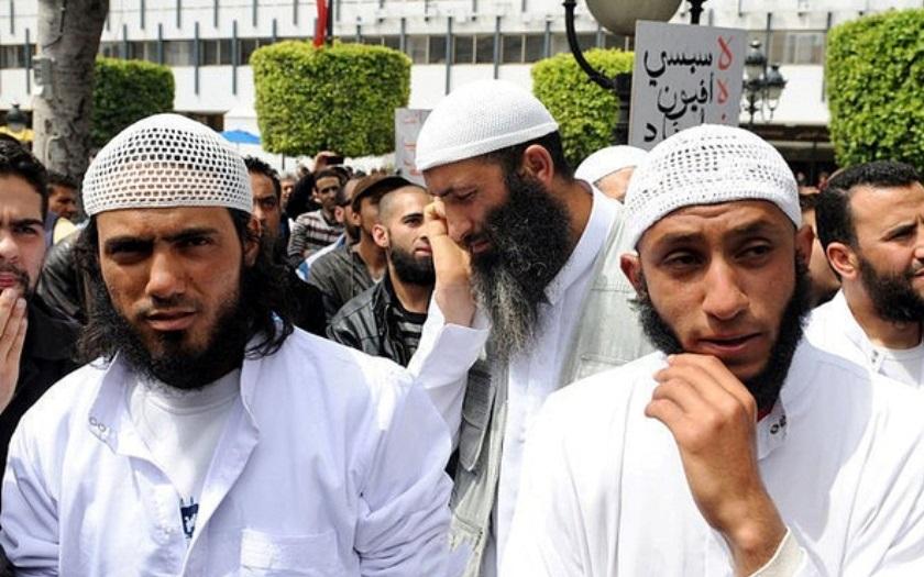 Ženy potřebují, aby je oplodnili muslimové, bílá rasa brzy vyhyne, napsal vedoucí australské Halal Certification Autority