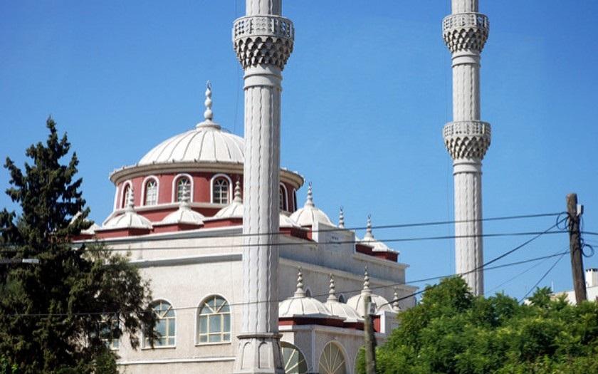 V Německu byla otevřena první mešita pro ,,liberální muslimy&quote;. Obrací islámská pravidla naruby