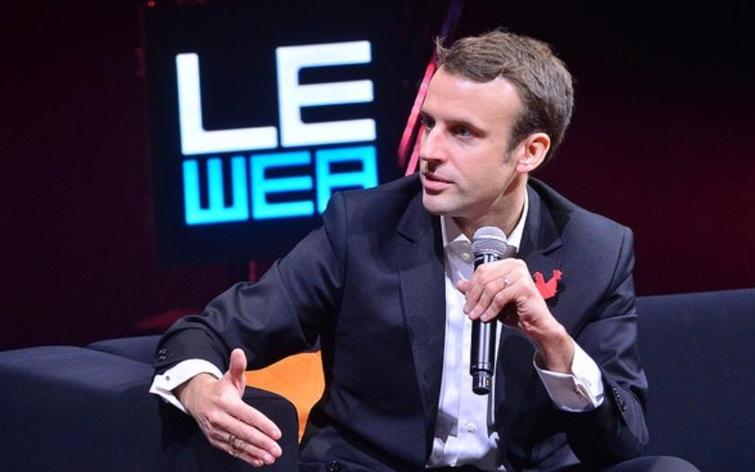 Z prvního kola postupují Macron a Le Penová, shodují se odhady