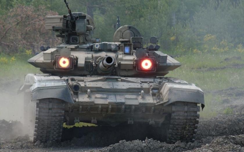 Írán chce od Ruska nakoupit zbraně za 10 miliard dolarů