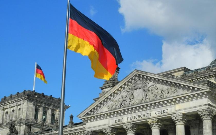 Spisovateľ Linh Dinh popisuje aktuálnu situáciu v Nemecku
