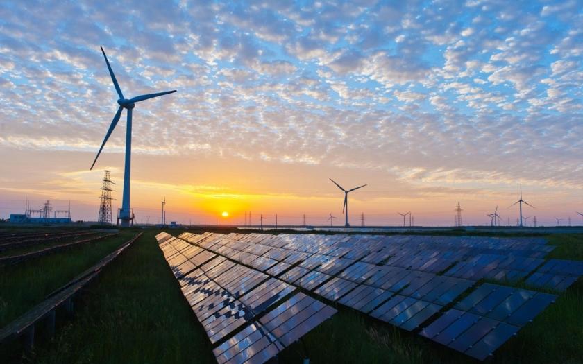 Podíl elektřiny z OZE stagnuje. Solární dotace zato dál šíleně porostou