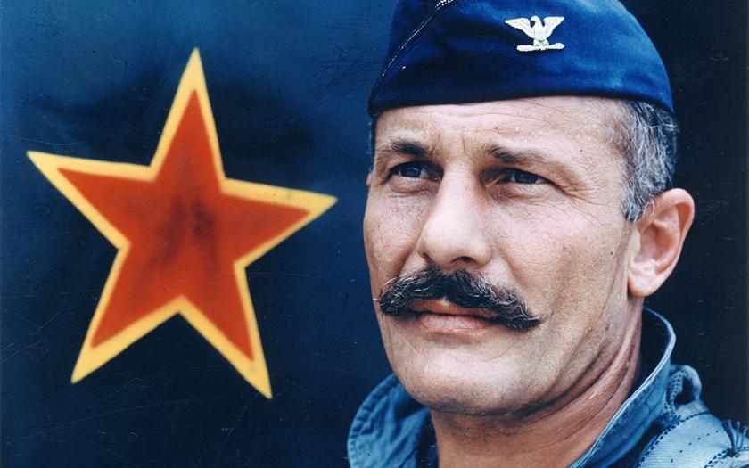 Robin Olds, zabiják nacistických a komunistických pilotů