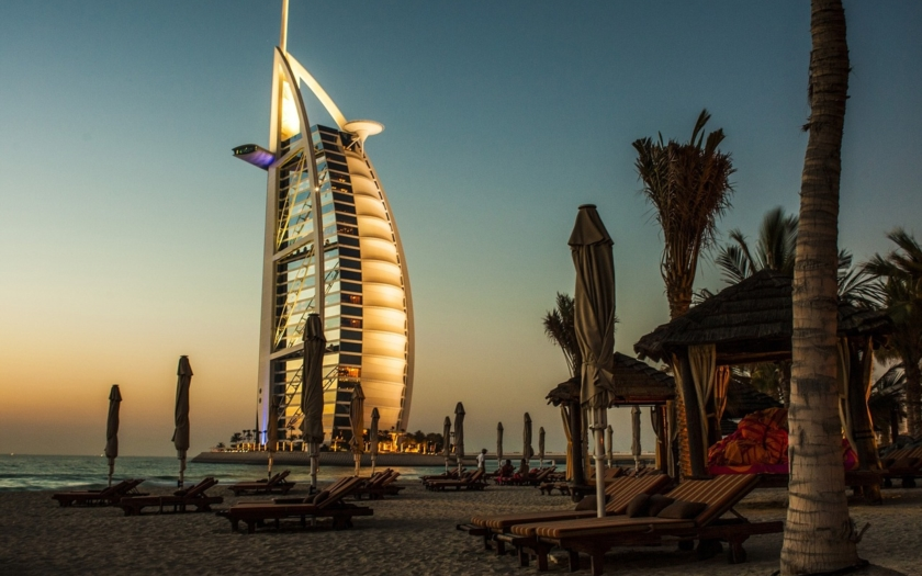 Britská charitativní organizace varuje turistky v Dubaji: &quote;Neoznamujte znásilnění saúdské policii!&quote;