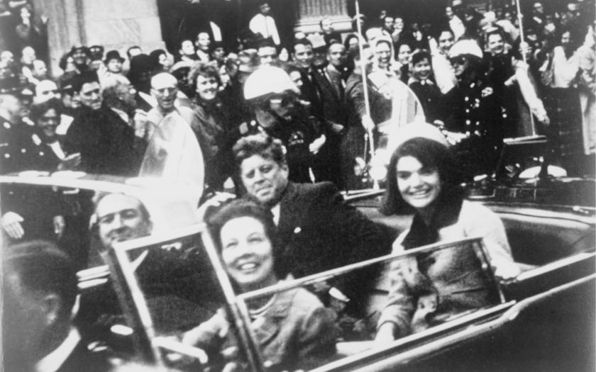 22. listopadu 1963 byl zavražděn John F. Kennedy