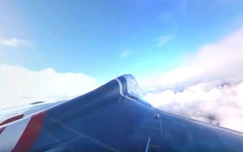 (VIDEO 360°) Vydajte sa do stratosféry so stíhačkou MIG-29