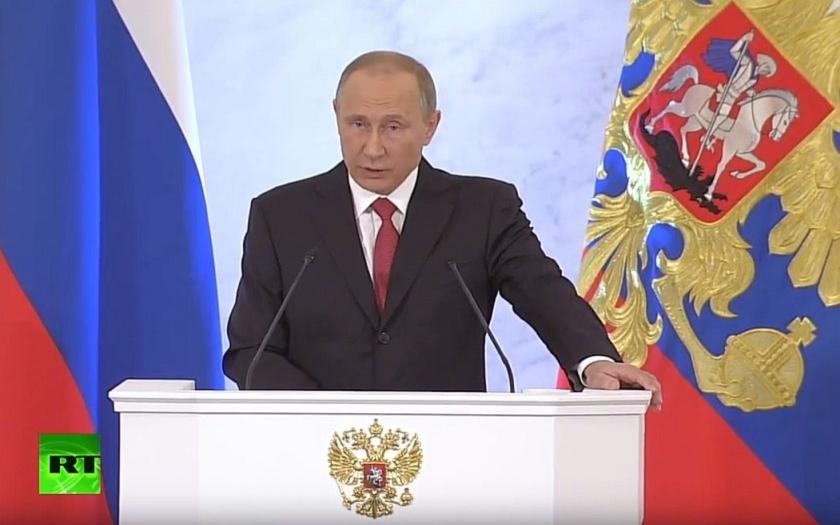 Putin vzkazuje světu: &quote;Nehledáme a nikdy jsme nehledali nepřátele&quote;