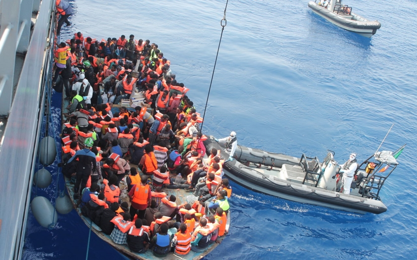Proč nejezdíme zachraňovat migranty i do Indického oceánu?