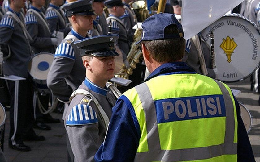 VIDEO: Střelba ve Finsku: Útočník s loveckou puškou zabil starostku a dvě další ženy