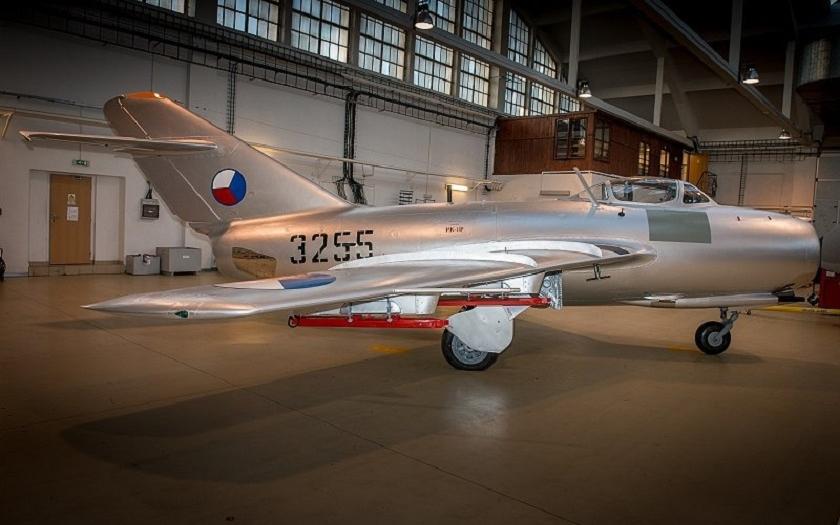 VTÚ provedl repasi legendárního stíhacího bombardéru MiG-15bis SB pro muzejní sbírky VHÚ