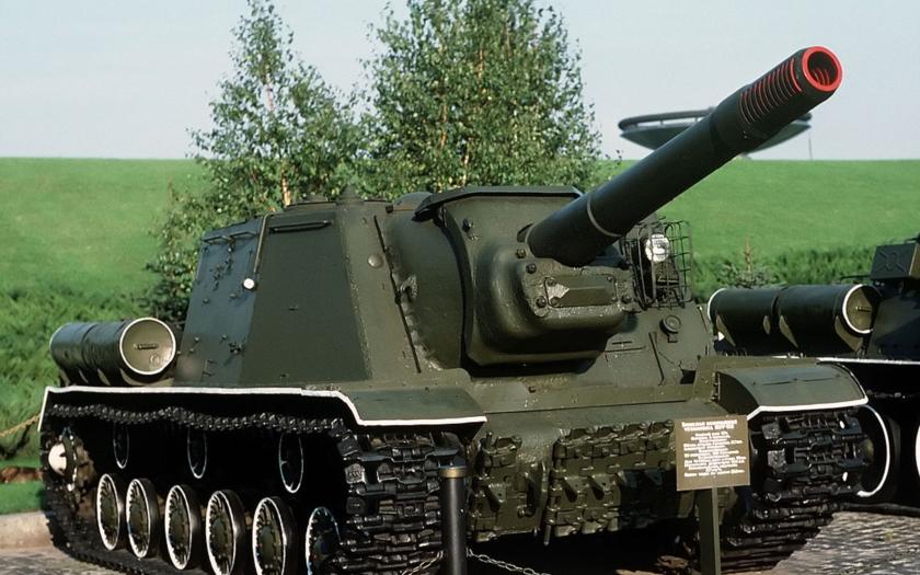 Video: ISU-152 &quote;Zveroboj&quote; dokázal zlikvidovat německý Tiger jednou ranou