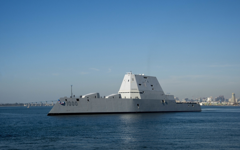 USS Zumwalt dorazil do domovského přístavu v San Diegu