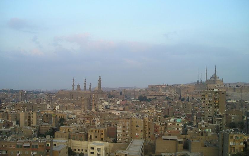 Bombový útok na křesťanskou katedrálu v Káhiře. Nejméně 22 obětí