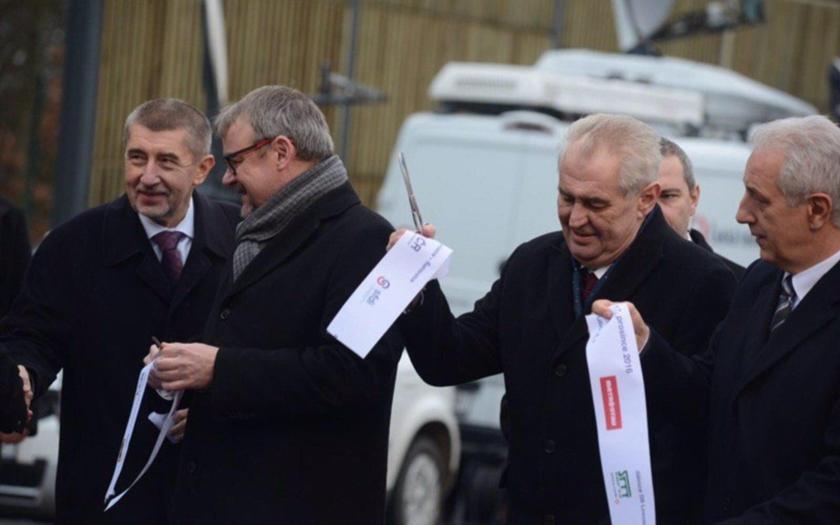 Prezident Zeman vetoval &quote;lex Babiš&quote;. Sněmovna dnešní veto přehlasuje