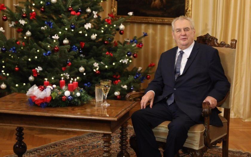 Vánoční projev prezidenta Zemana: Odmítá přijímání uprchlíků, cenzuru internetu i některé sociální dávky