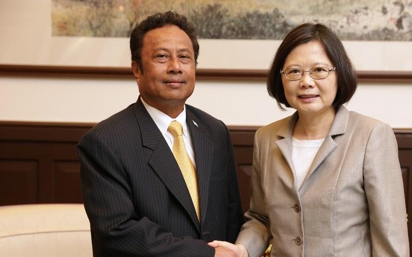 Prezidentka Tchaj-wanu Cchaj Jing-wenová: Čína se vrátila k osvědčené cestě zastrašování