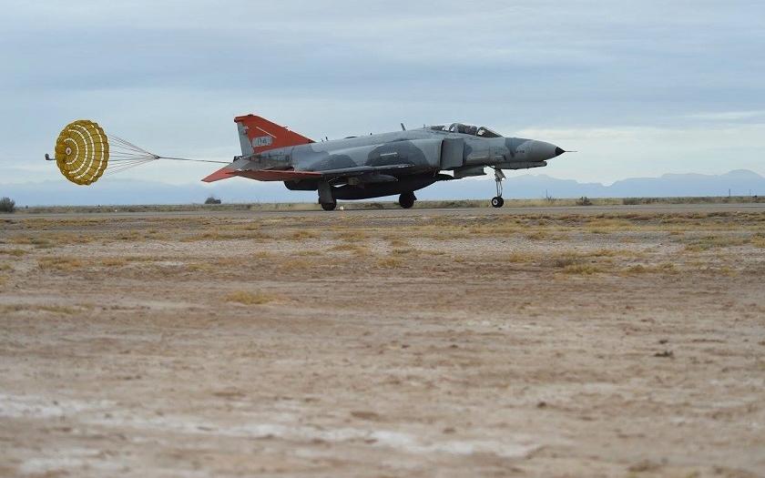 Video: Poslední let zabijáka Migů F-4 Phantom se službách USAF