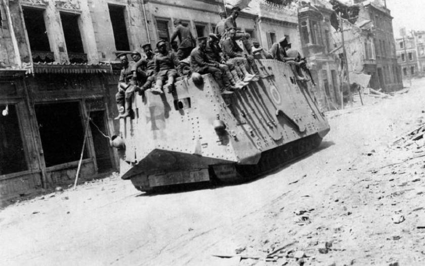 VIDEO: Německý tank A7V byl císařským gigantem