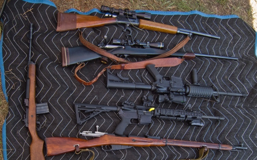 Španělské úřady zabavily několik tisíc zbraní za 10 milionů Euro