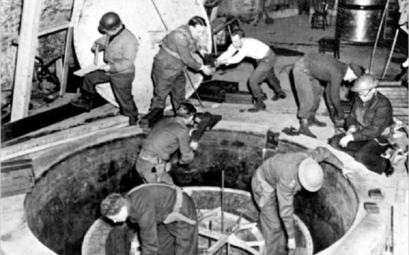Shodili první atomovou bombu Němci?