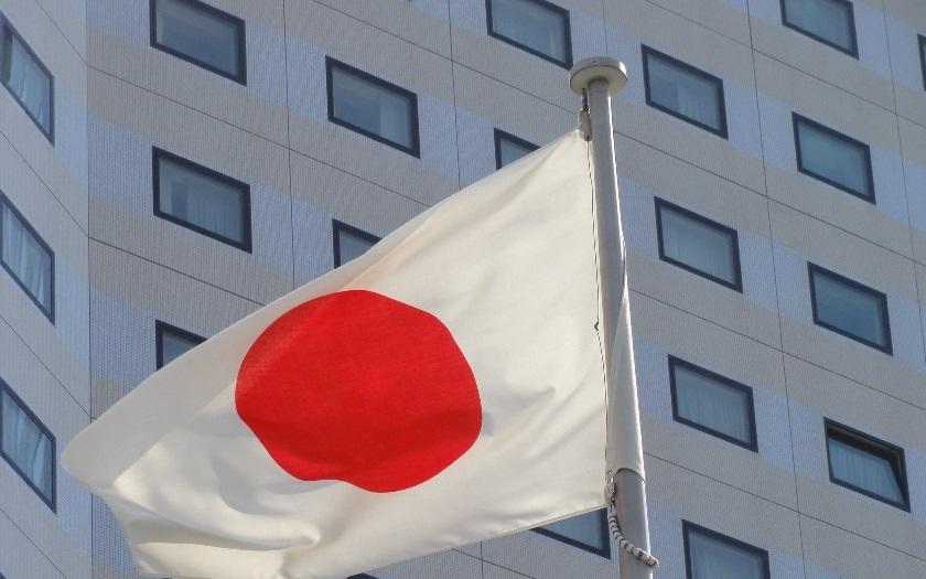 Už se nepřepracují. Japonská vláda chystá výrazné snížení ,,smtelných&quote; přesčasů