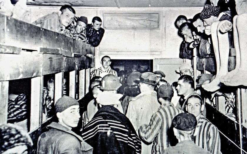 Hitler měl ohledně genocidy Židů správné motivy, prohlásil japonský ministr