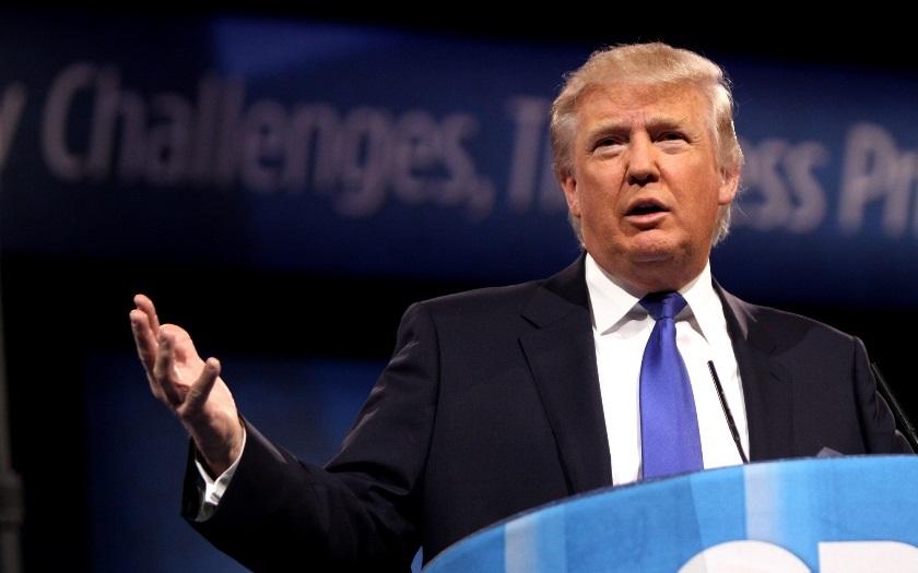 Havaj jako první americký stát žaluje Trumpův migrační dekret