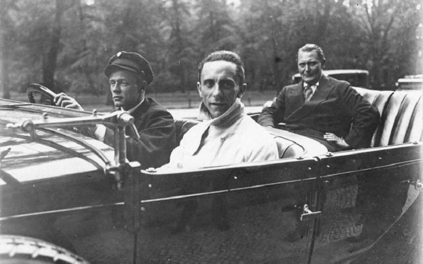 Ve 106 letech zemřela bývalá sekretářka Goebbelse
