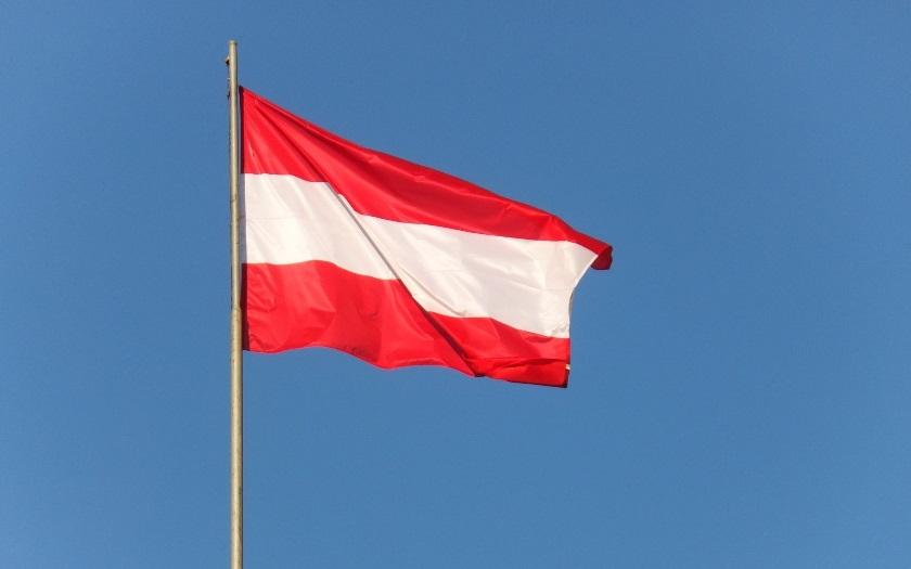Buď přijmete naše ,,osvícené hodnoty&quote;, nebo budete deportováni. Rakousko připravuje razantní opatření ohledně migrace