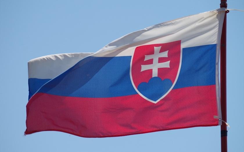 Zo Slovenska: Danko ako jediný hlasoval proti zrušeniu doplatkov za lieky. Koalícia nepodporila ani návrh zákona o náhradnom výživnom.