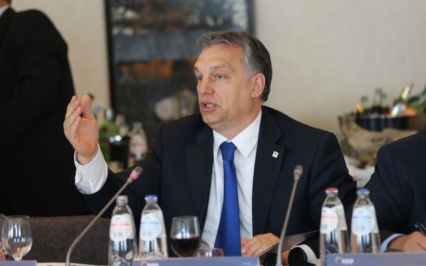 Viktor Orbán otvorene o migračnej kríze, tvrdí, že jej úlohou je ''rozdrvenie vôle ľudu''