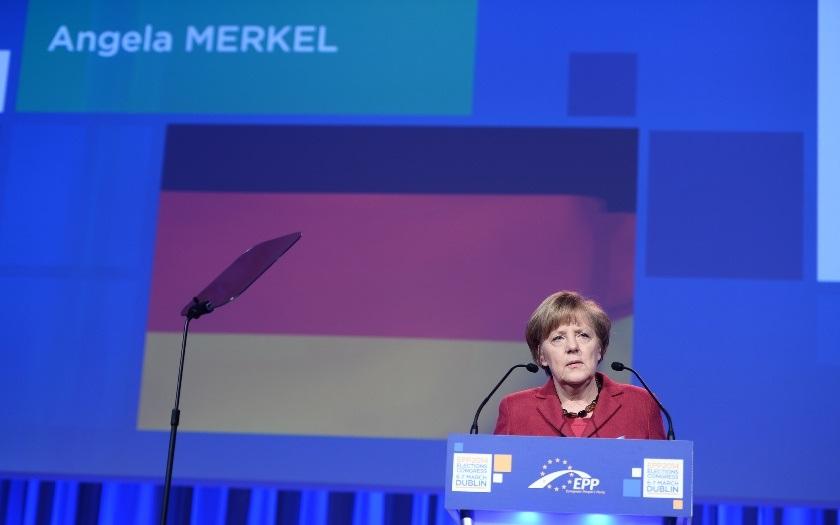 Pouze 8% Němců si myslí, že Merkelová je správnou osobou pro výkon kancléřské funkce, ukázal průzkum