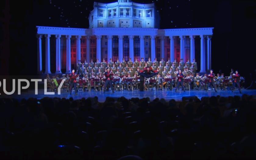 (VIDEO) Prvý koncert legendárnych Alexandrovcov, po leteckej tragédii