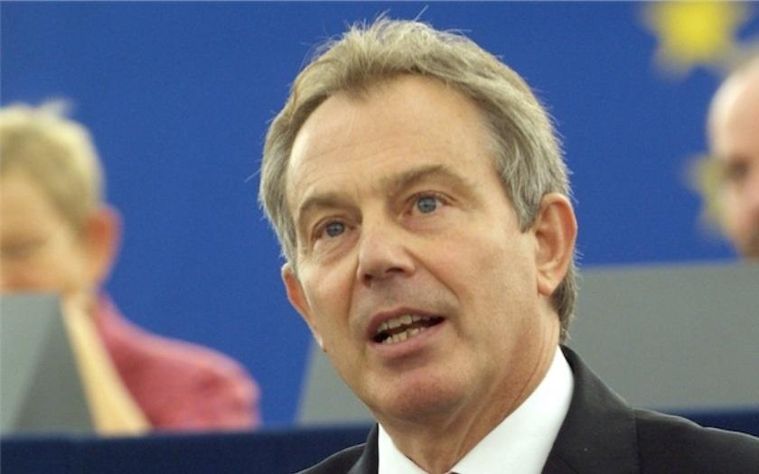 Povstaňte proti Brexitu, burcuje Brity bývalý premiér Blair