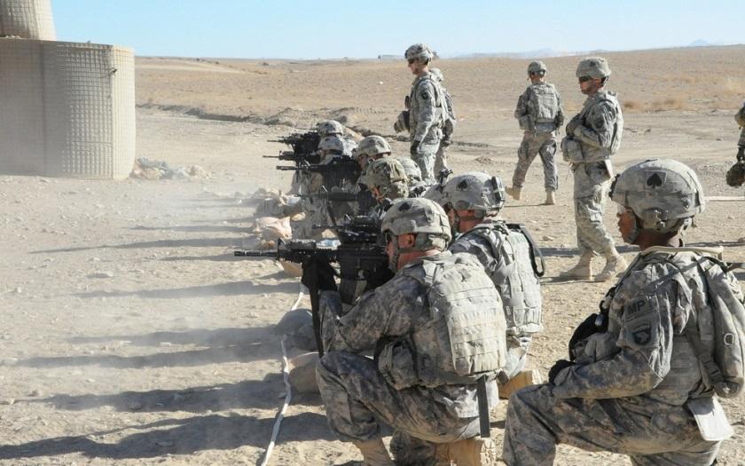 VIDEO: Amerika drtivě prohrála. Íránské gardy nemilosrdně kosí její vojáky v propagandistickém animovaném filmu
