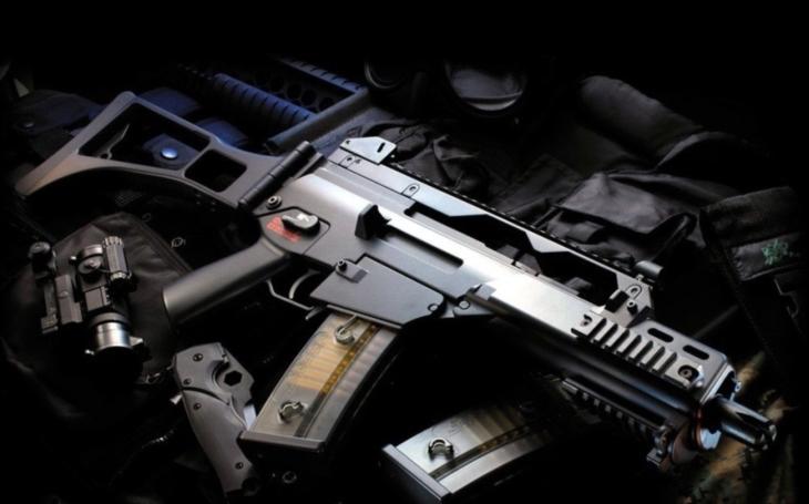 Viník masakru na Novém Zélandu nalezen - byly to tamní legální soukromé zbraně!