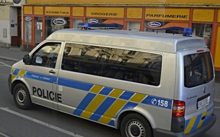 VÍME PRVNÍ: Týden před začátkem Arabfestu v Plzni zatýkala policie. Scéna jak z akčního filmu