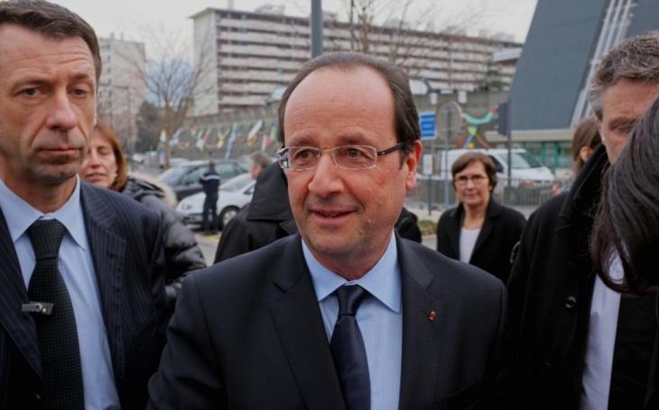 Francouzský prezident Hollande varuje: Le Penová může vyhrát volby. Udělám vše pro to, abych tomu zabránil