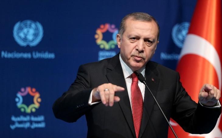 Všude samá čínská chřipka, ale co chystá turecký vládce Erdogan? (komentář Lumíra Němce)