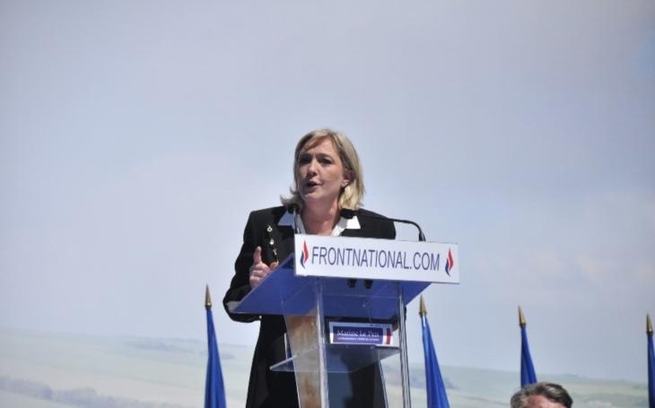 Marine Le Penová: Chci úplné zastavení imigrace do Francie. Pronikají k nám teroristé z IS