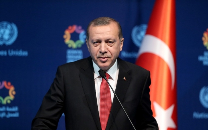 Není žádný důkaz, že ruské protivzdušné systémy S-400 představují hrozbu NATO, prohlásil turecký prezident Erdogan